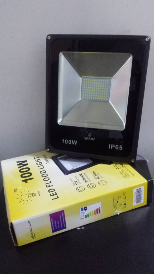 100w-led-flood-light-outdoor